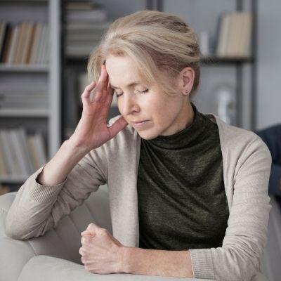 Woman who feels hopeless